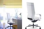 Klöber Moteo: kontinuierlich folgen die Luftströme im Schaum der Sitzposition zur Unterstützung der Körperhaltung.