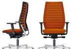 Das neue Stuhlmodell R12 - durch die Ergo-Balance-Technik wird Sitzen zum rückenaktiven Bewegungserlebnis.
