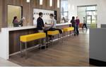 klassisch, zeitlos, funktional - die klar gezeichnete KIR ROYAL Bank wirkt in jeder Umgebung souverän.