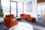 Concept C Sofas und Sessel sorgen für Behaglichkeit und bieten genügend Platz zum Sitznachbarn.