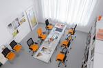 read, write, think, research, edit, make phone calls - Mera-Bürostühle sind auch perfekt für Großraumbüros geeignet.